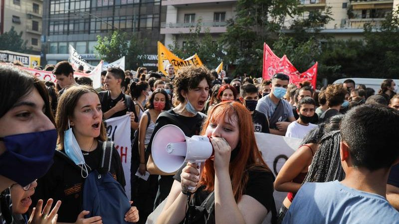 Athens comes to standstill for Golden Dawn verdict
