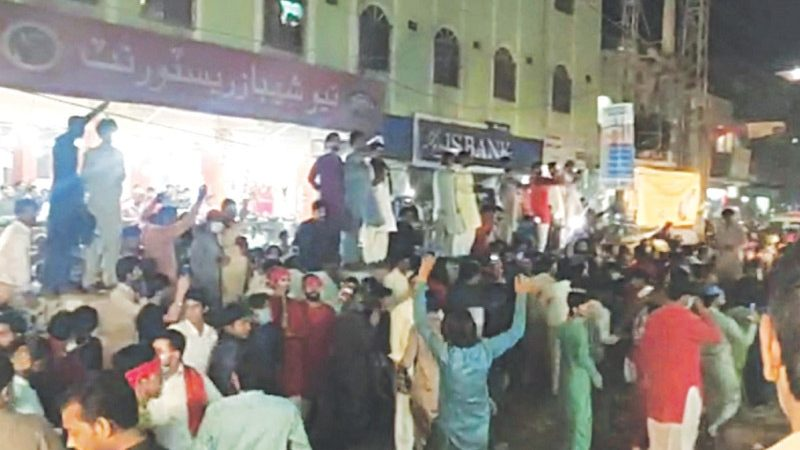 Clashes in Pak's Sindh over closure of shrine leave several injured