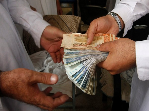 Half of Pakistan's income owned by 20 percent of population