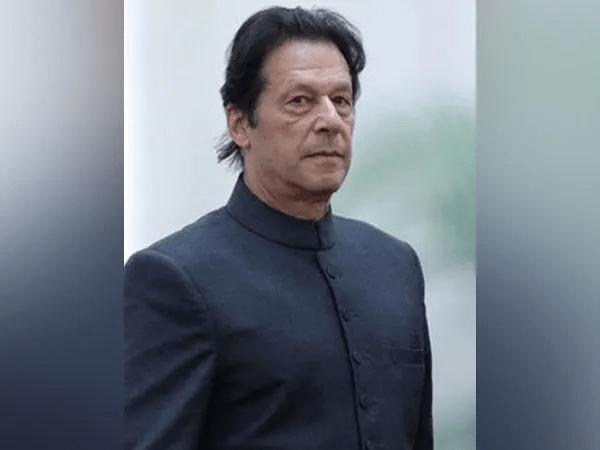 Imran Khan to settle political scores with Nawaz Sharif