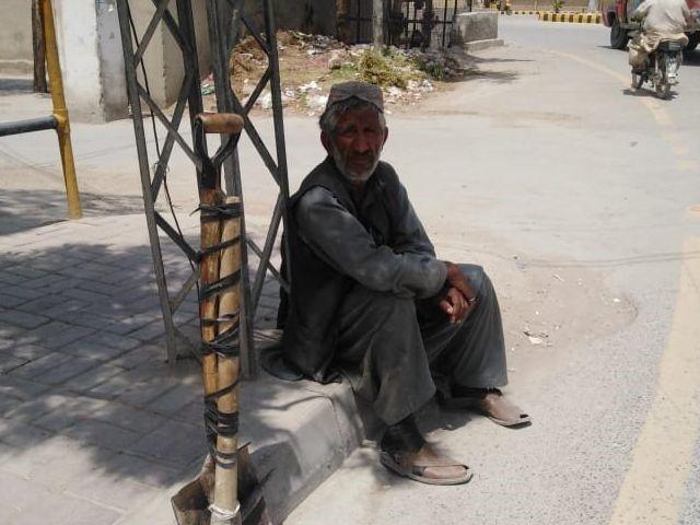 Pandemic pains of Pakistan's labourers