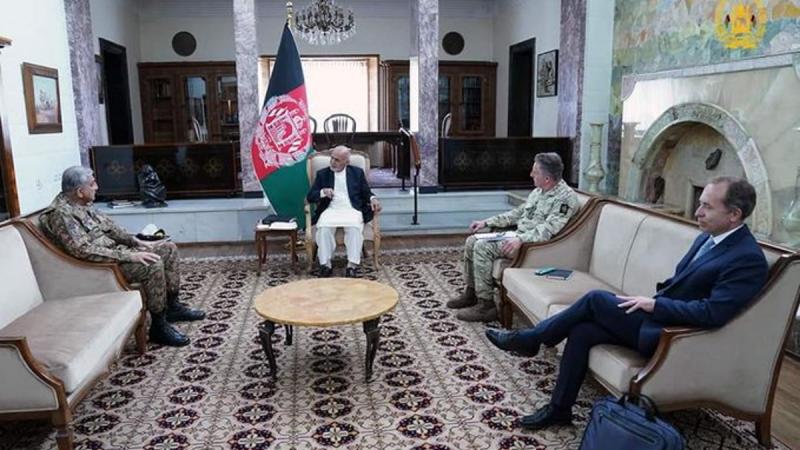 British general plays key role in Afghanistan, Pakistan talks as international troops prepare to leave