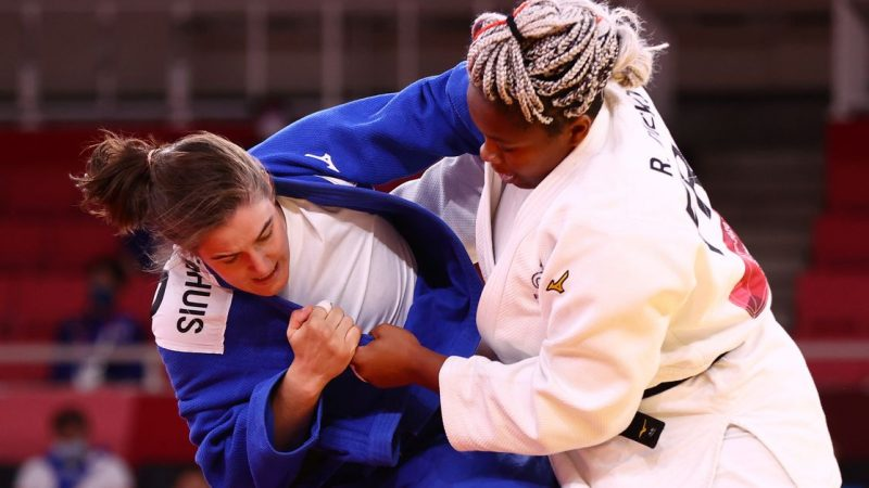 Judo-France win judo gold medal in first mixed team event