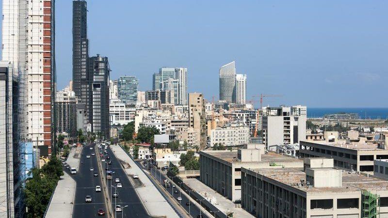 Analysis: Leaderless Lebanon on slippery slope to mayhem